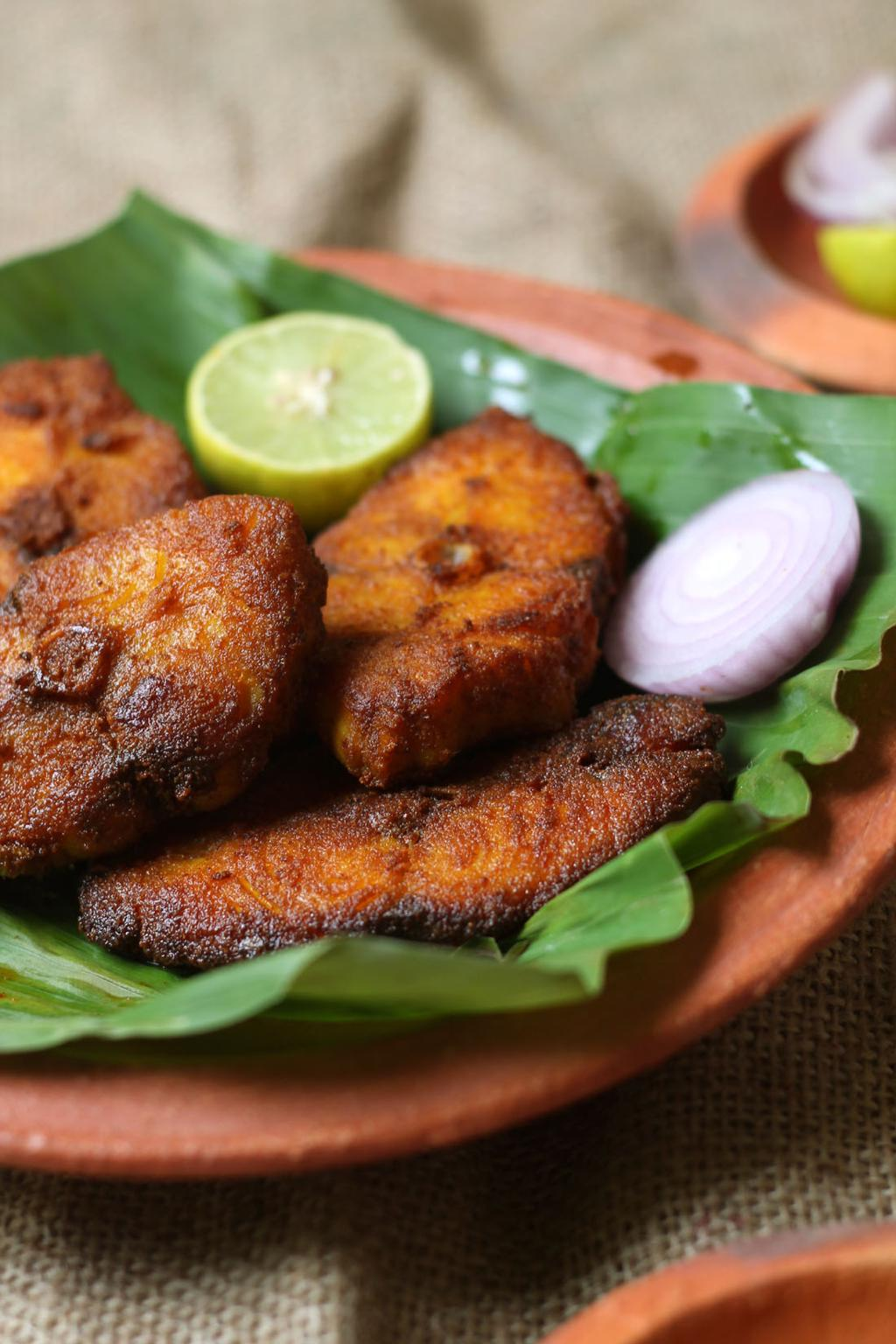 Kerala fish fry meen varuthathu recipe suji 39 s cooking for What goes good with fried fish